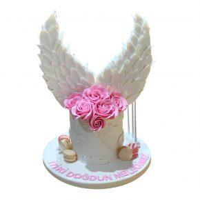 pembe-cicekli-melek-kanat-pasta